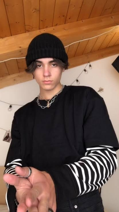 How To Dress Like An Eboy Outfits And Style Vaga Magazine